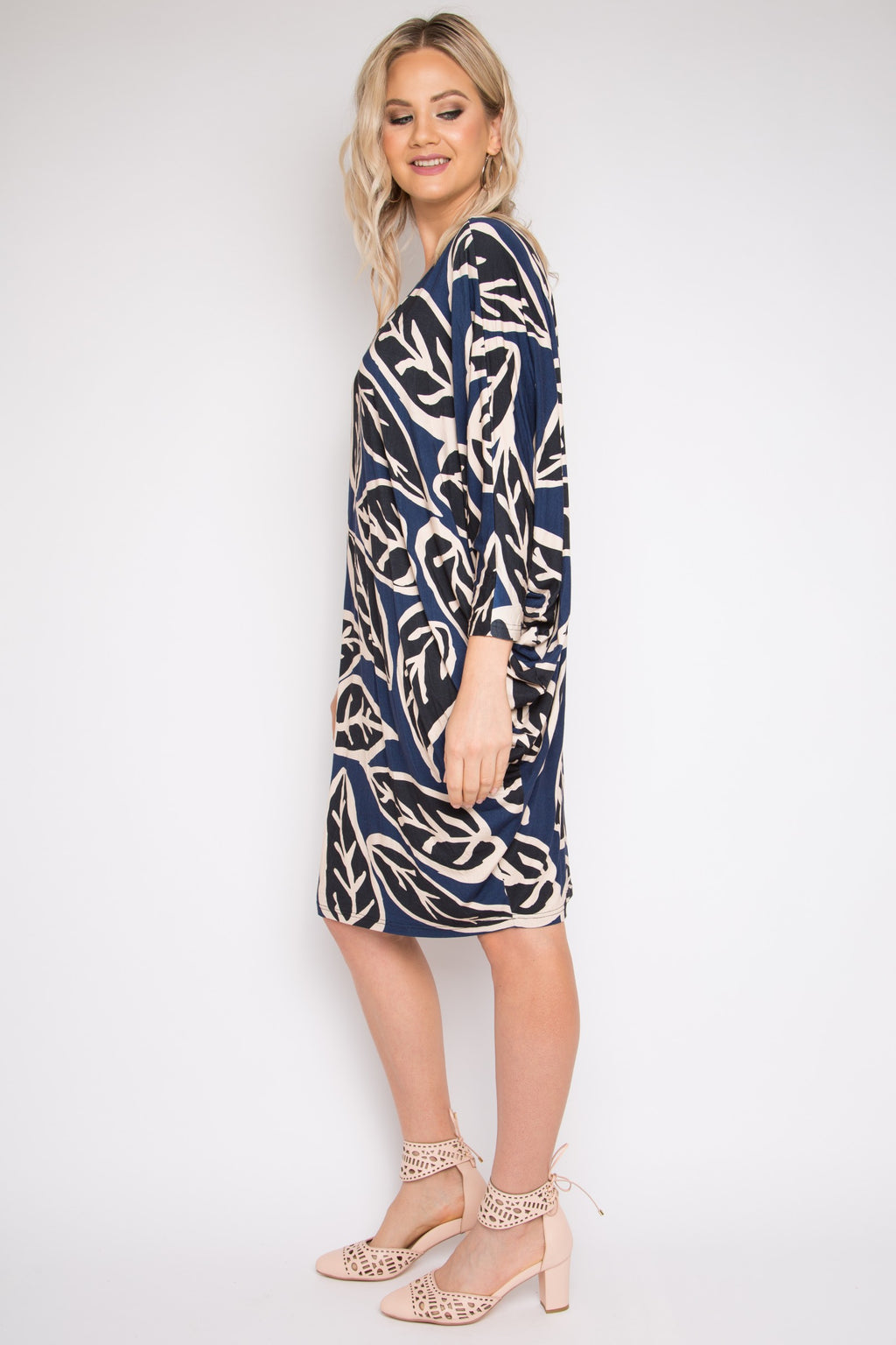Long Sleeve Miracle Dress in Loose Leaf