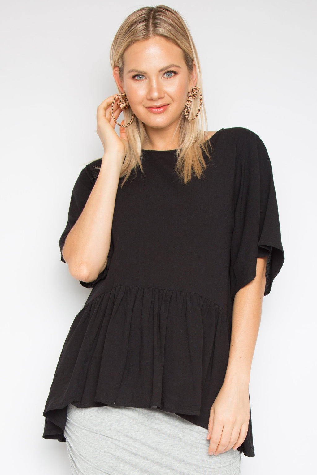 Flute Top with Sleeves in Black