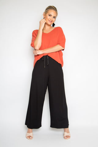 PREMIUM BAMBOO Wide Leg Pant in Black