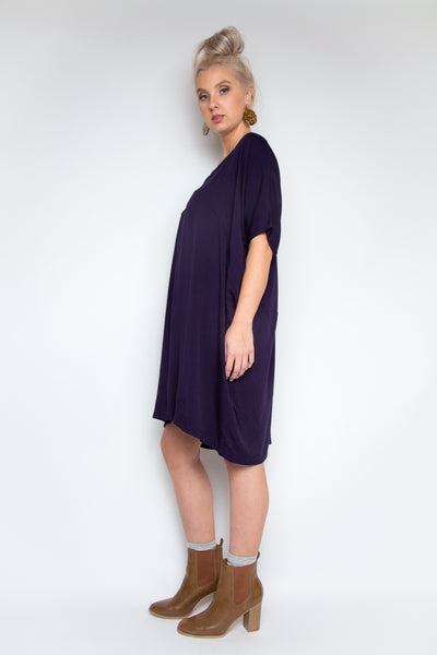 Wonder Dress in Navy