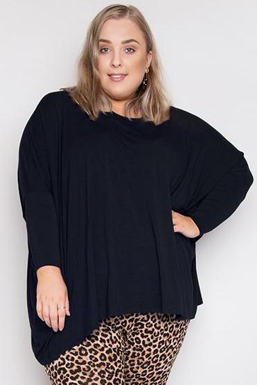 Curve Bamboo Long Sleeve Hi-Low Miracle Top in Midnight