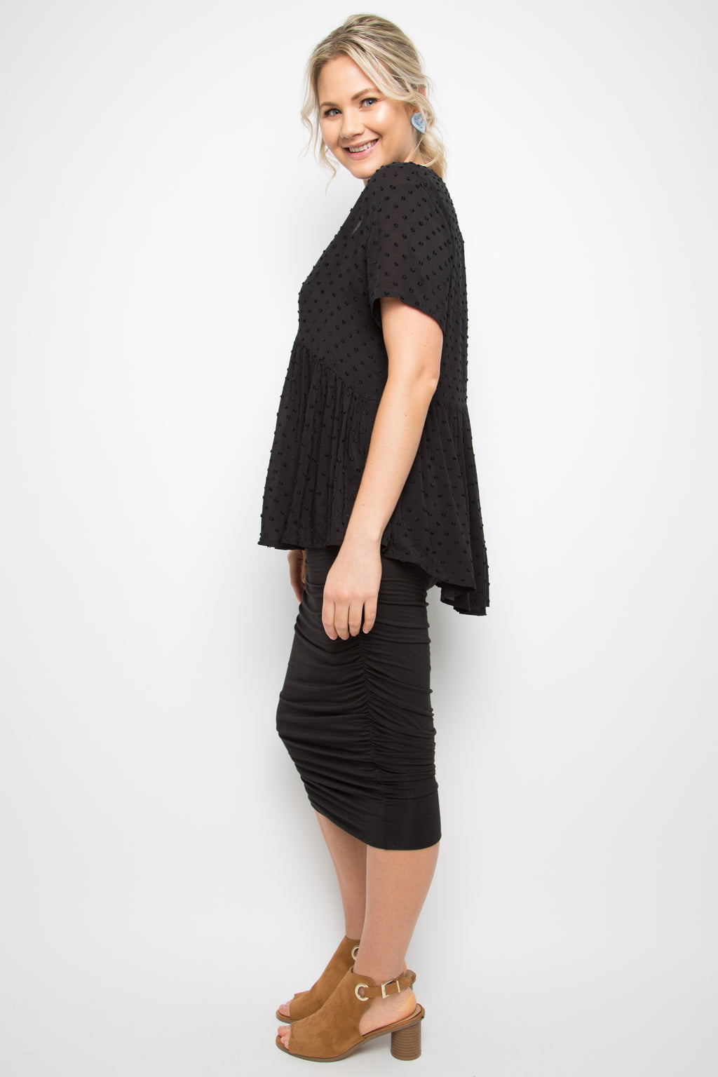 Wander Top in Black Dot