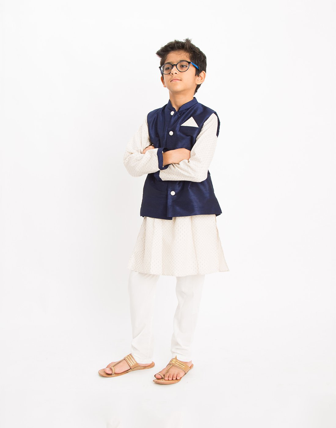 Off White Scallop Kurta Set