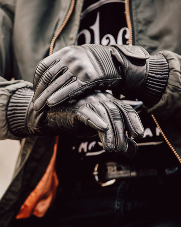 Queen Bee Motorcycle Gloves BLACK