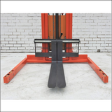 Semi Electric Stacker Lifter 3500mm Straddle Legs