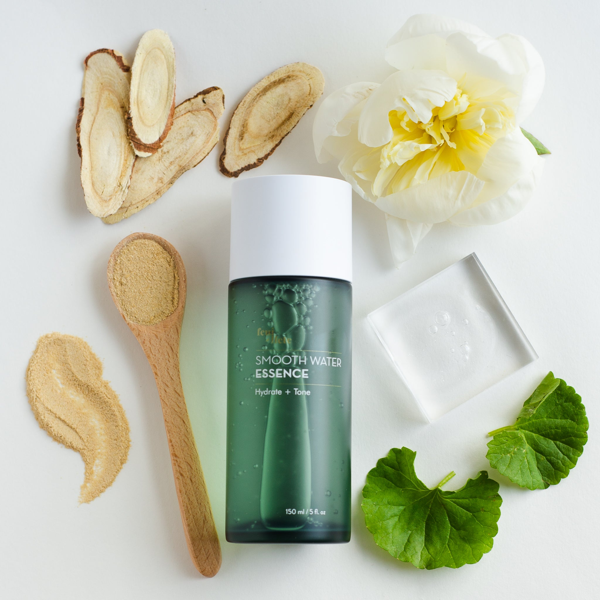 Smooth Water Essence - Feuillete