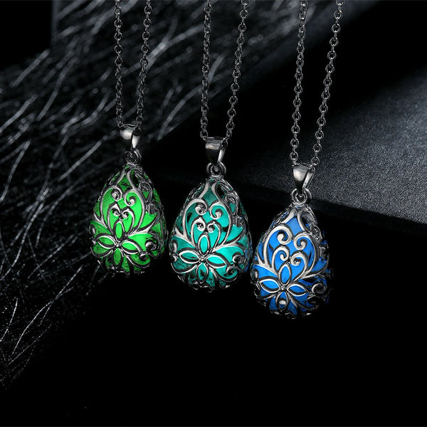 Necklace Glow In The Dark Teardrop Pendant