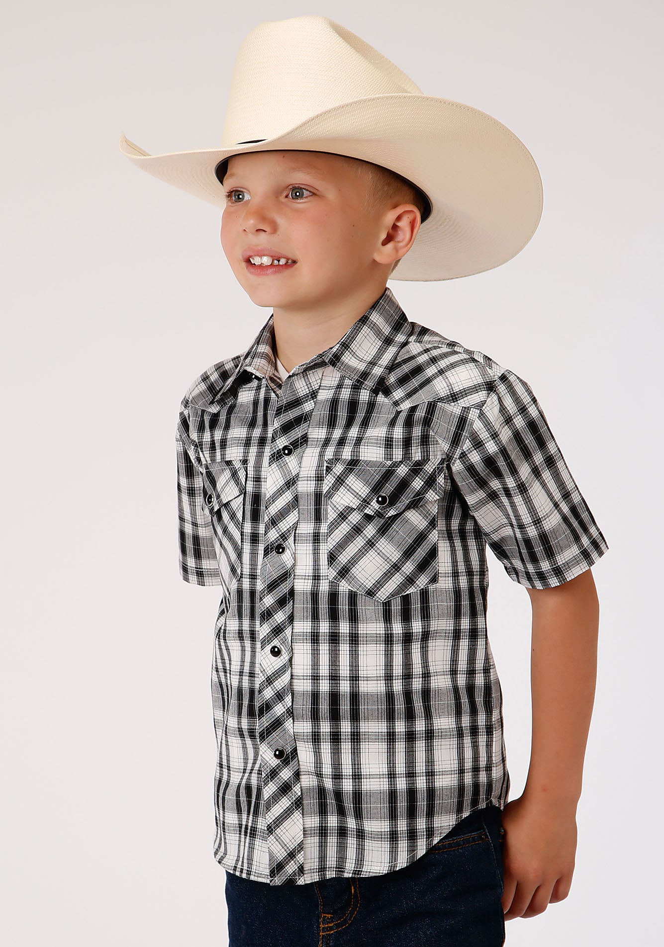 ROPER BOYS BLACK 00042 BLACK & WHITE PLAID KARMAN CLASSICS- 55/45 PLAID SHORT SLEEVE