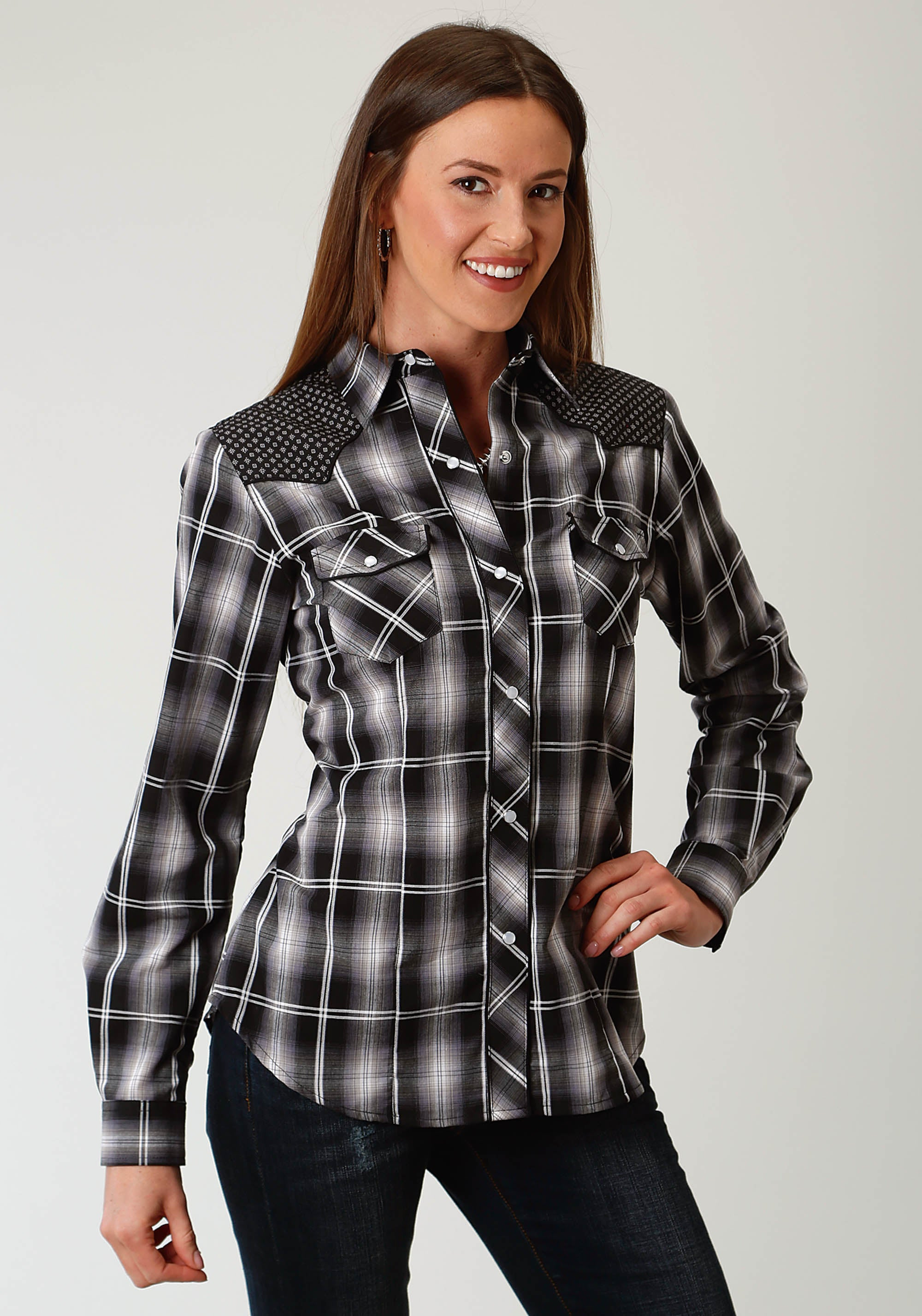 ROPER WOMENS BLACK 1926 BLACK, GREY, & SAGE PLAID KARMAN SPECIAL STYLES LONG SLEEVE