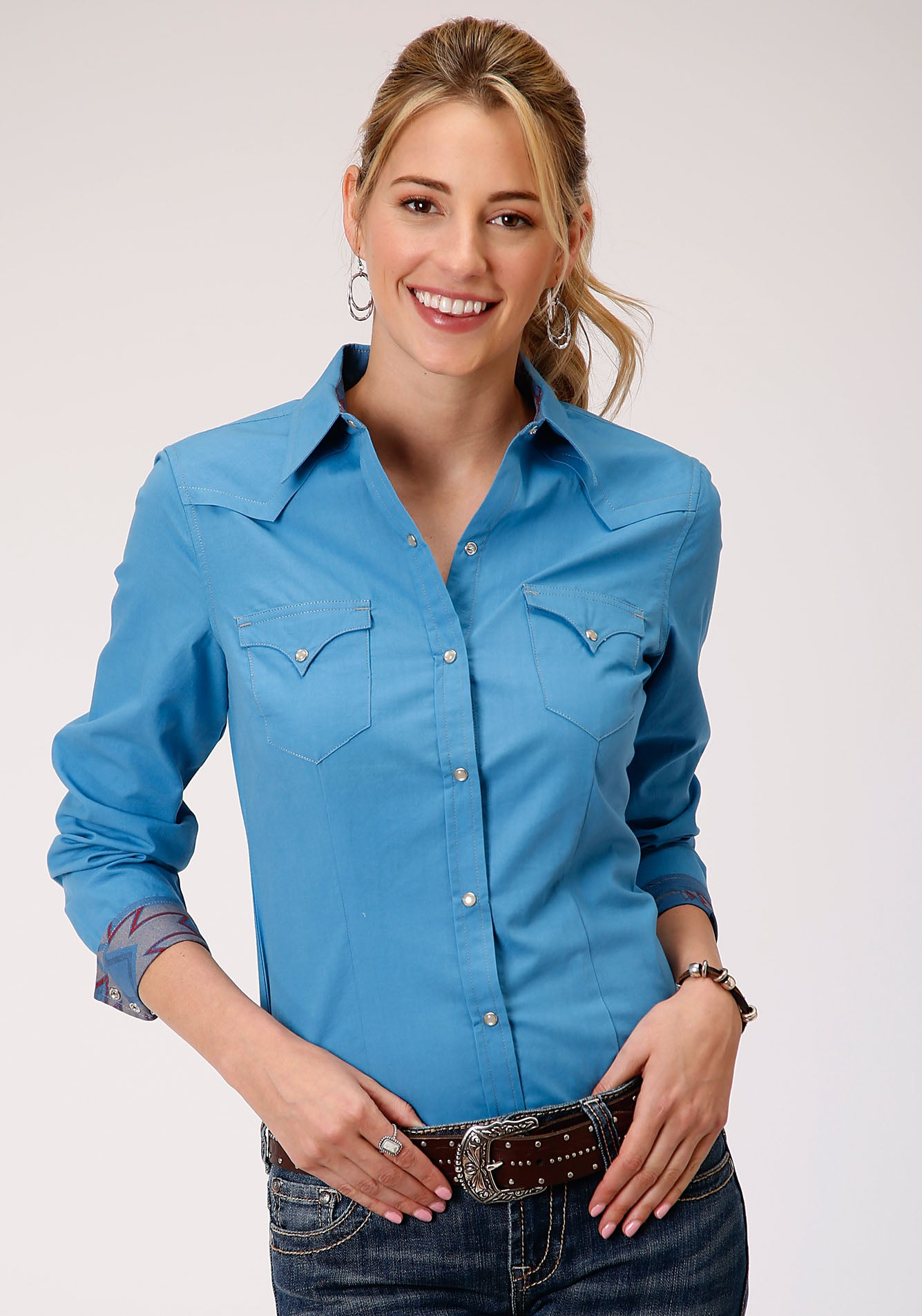 ROPER WOMENS BLUE 00106 SOLID POPLIN - BLUE WEST MADE COLLECTION LONG SLEEVE