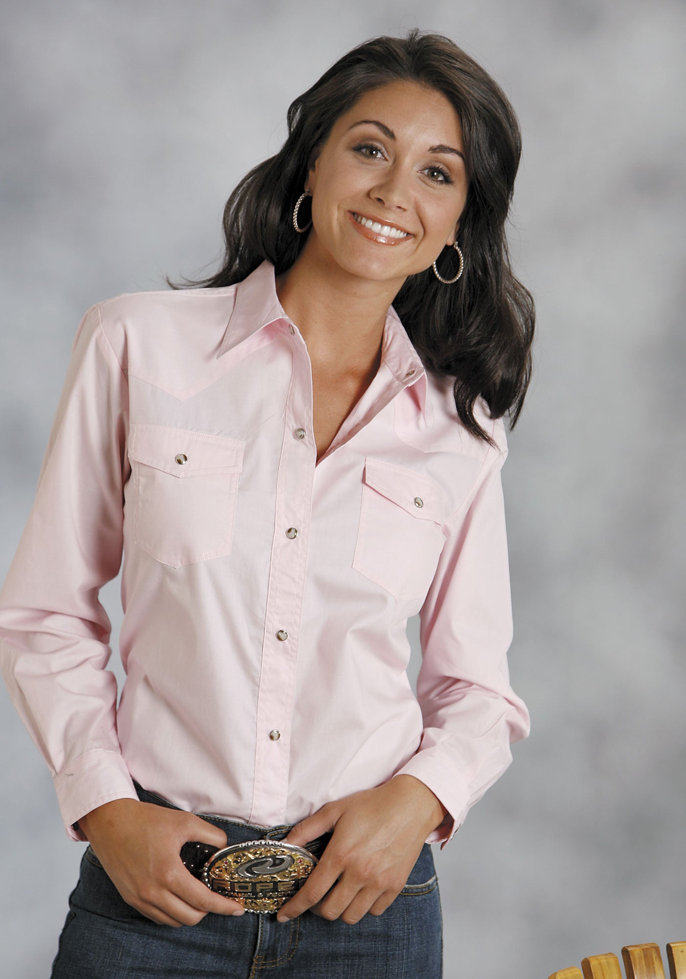 ROPER LADIES PINK SOLID POPLIN 1PT BACK YOKE VERGTD SNAP INSTOCK SOLID POPLIN LONG SLEEVE SHIRT