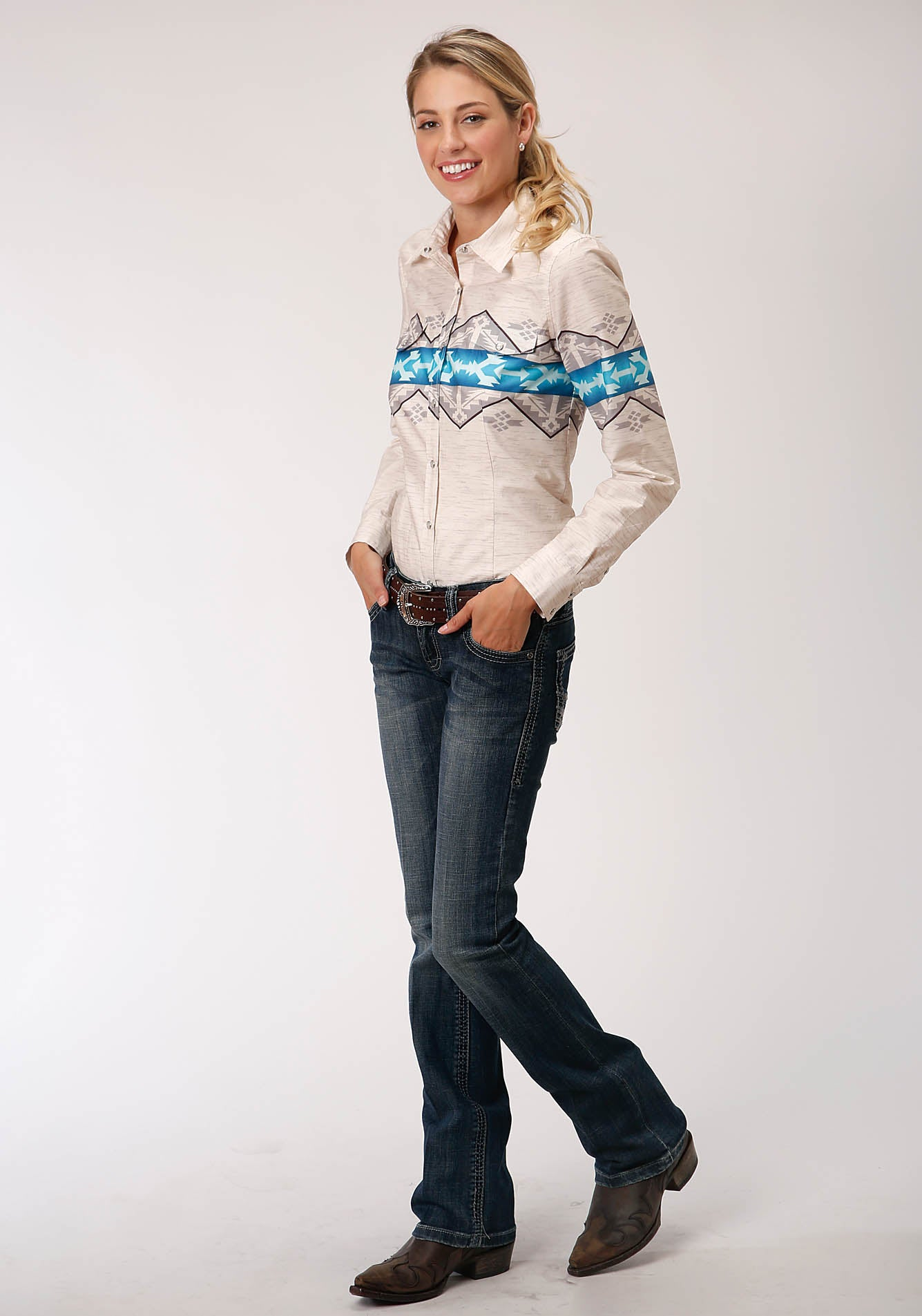 ROPER WOMENS WHITE 00189 AZTEC BORDER WEST MADE COLLECTION LONG SLEEVE
