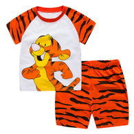[354340] - Baju Setelan Street Wear Anak Import Sleek Style - Motif Winnie Tiger