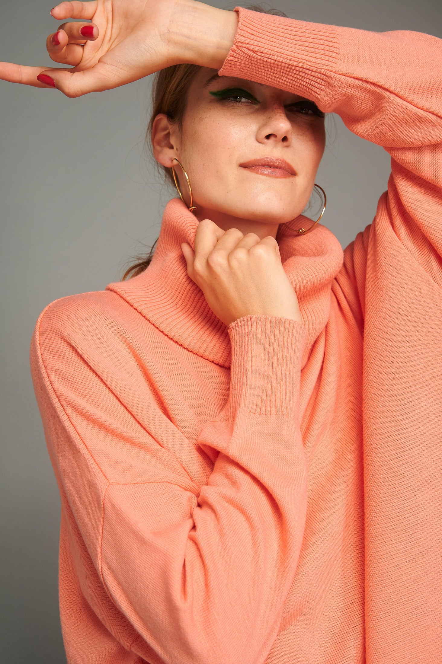 Elin Sweater (Peach)