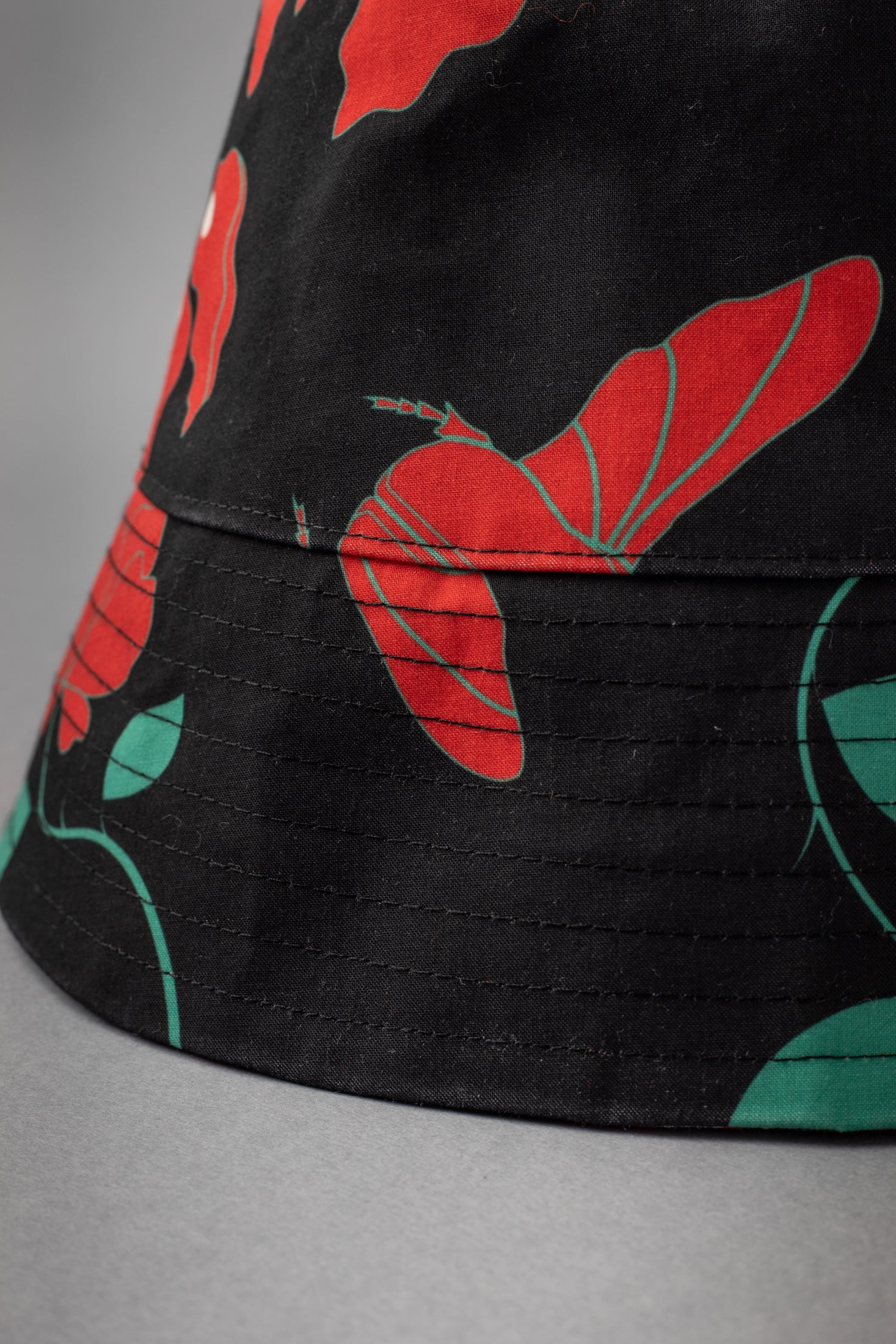Bobbie Hat (Beetles Black)