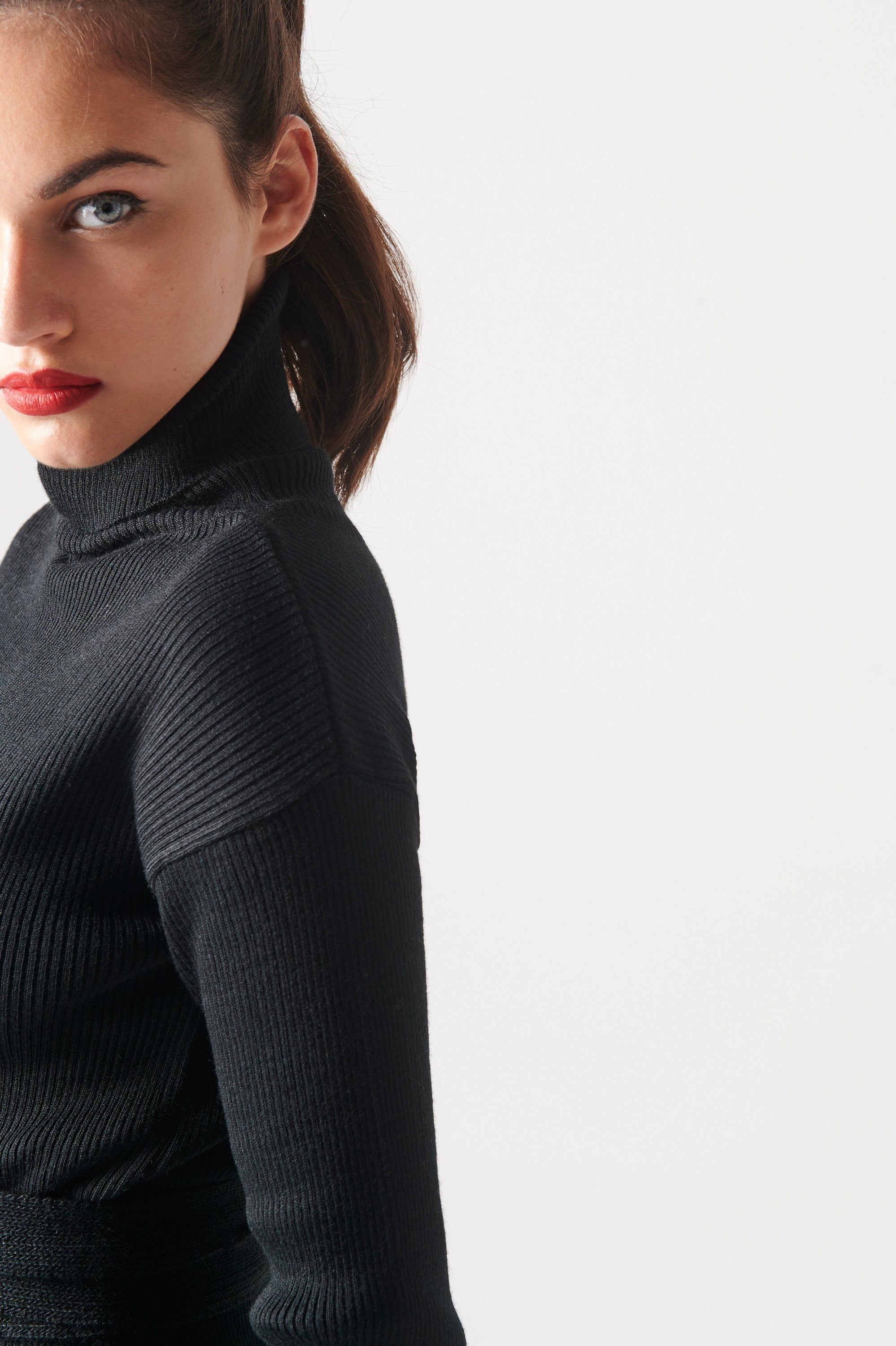 Charles Sweater (Black) Tops KRVN