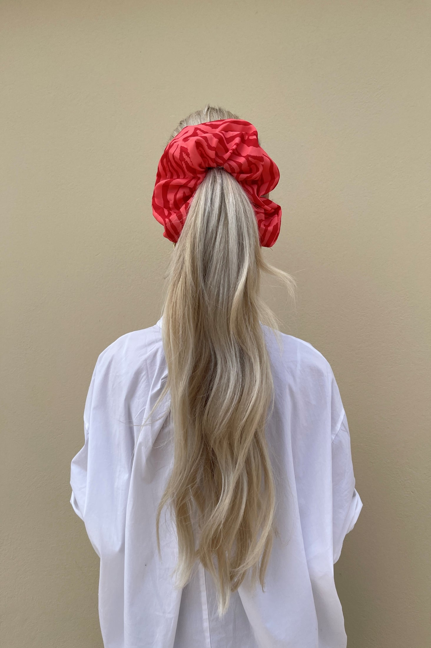 Tribe Scrunchie (Pink Cherry)
