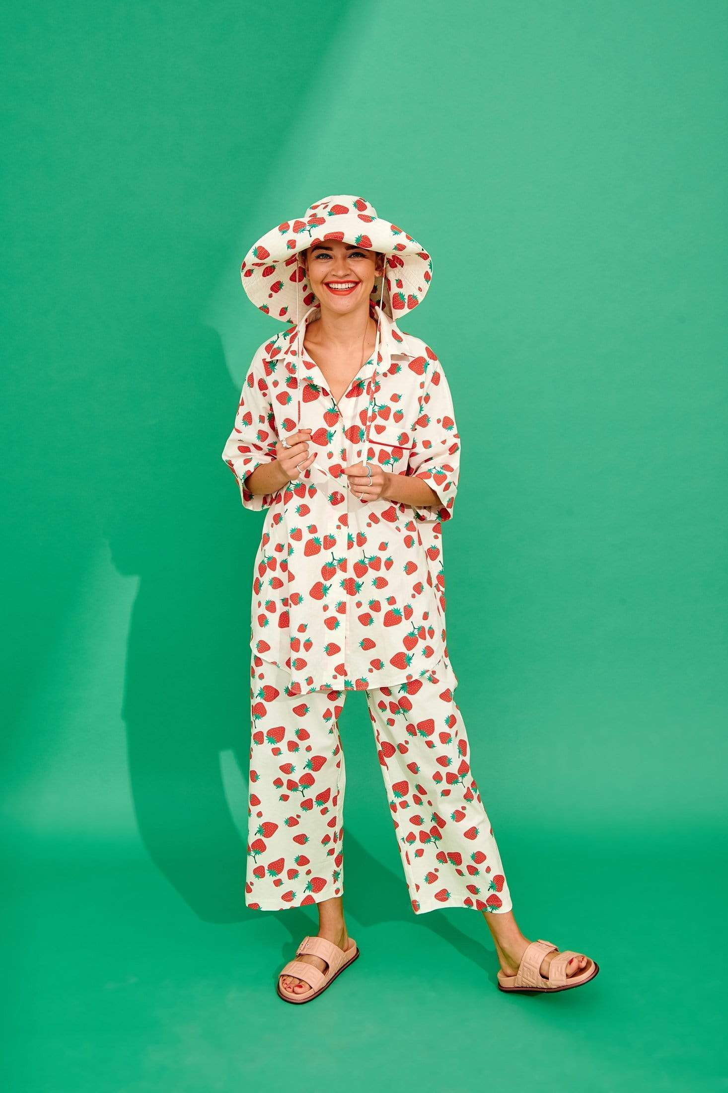 Tito Trousers (Strawberries) Bottoms Karavan Clothing