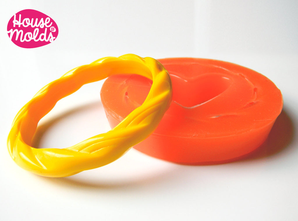 Twisted Thin Bracelet Clear Silicone Mold,mold for resin bracelet inner diameter 6,5 cm 1,1 cm tall