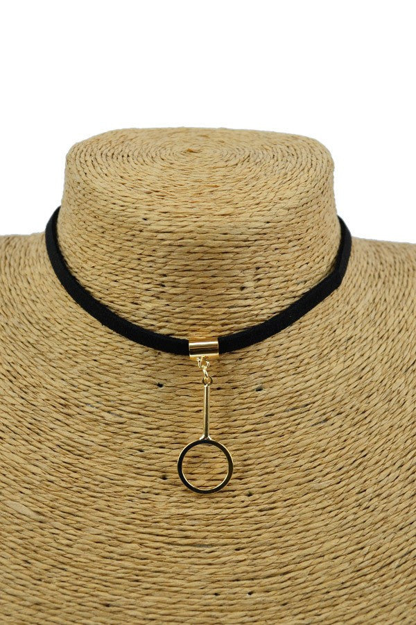 Circle charm choker necklace