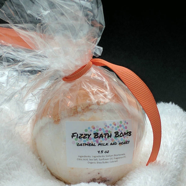 Oatmeal Milk and Honey Bath Bomb Bath Fizzy 4.5 oz