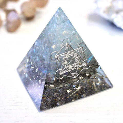 Pyramid Orgonite | Angel Aura | Crown  Chakra