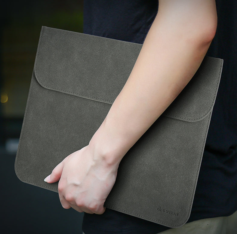 Portable Ultra-thin Laptop Sleeve Cover, with Slim Design, Delicate Fluff and Invisible Magnetic Buckle