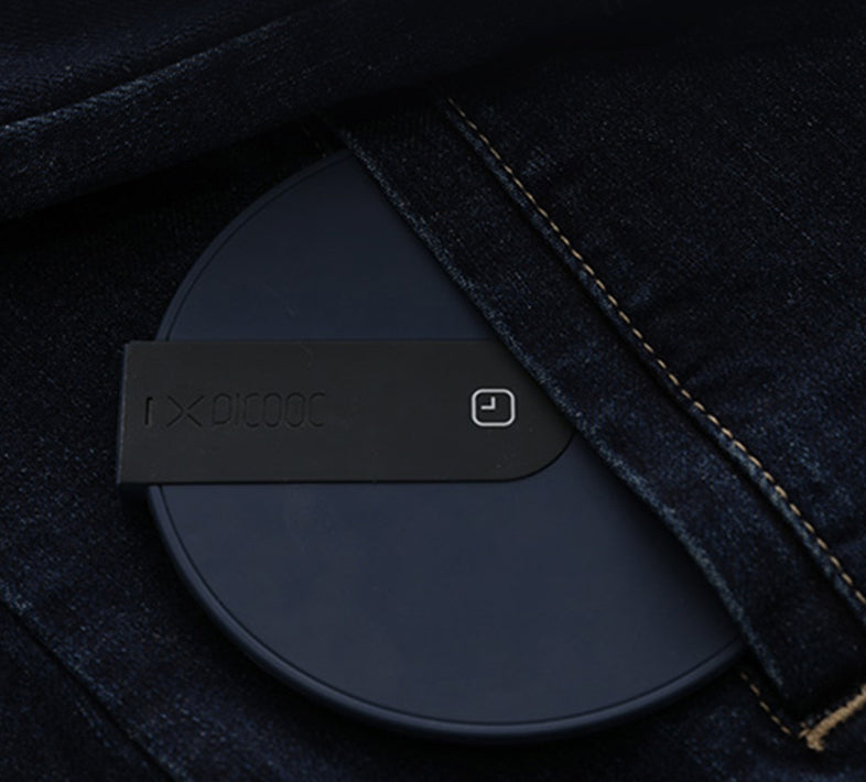 Fast Charging Wireless Charger, Support QC2.0/3.0, with Automatic Power Off and Intelligent Temperature Control, for Home & Office