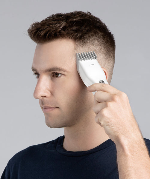 USB Electric Hair Clipper with Adjustable Cut Length, Two Speed, Low Noise, Ceramic Cutter & Fast Charging, for Adults and Kids