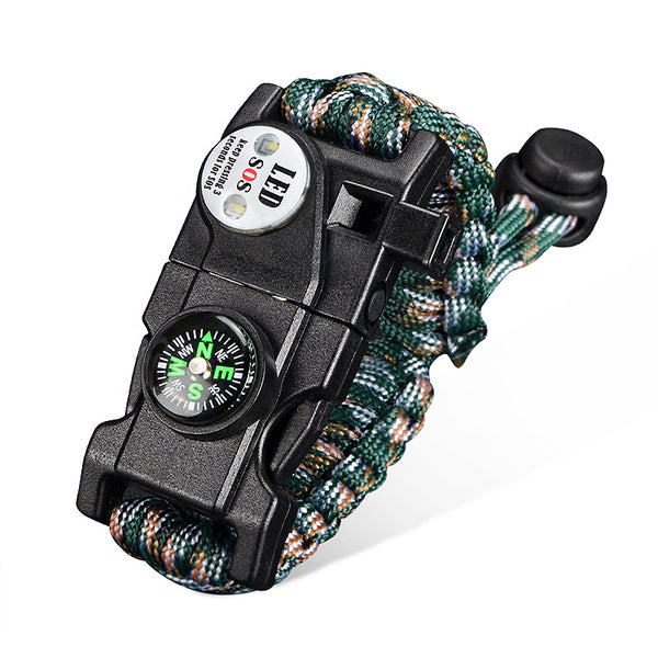 Paracord Survival Bracelet - A Survival Toolbox That You Can Wear on Your Wrist