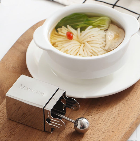 Stainless Steel Chrysanthemum Japanese Tofu Cutter, Easy to Clean and Use, for Kitchen, Party, Dinner, Birthday and Holiday