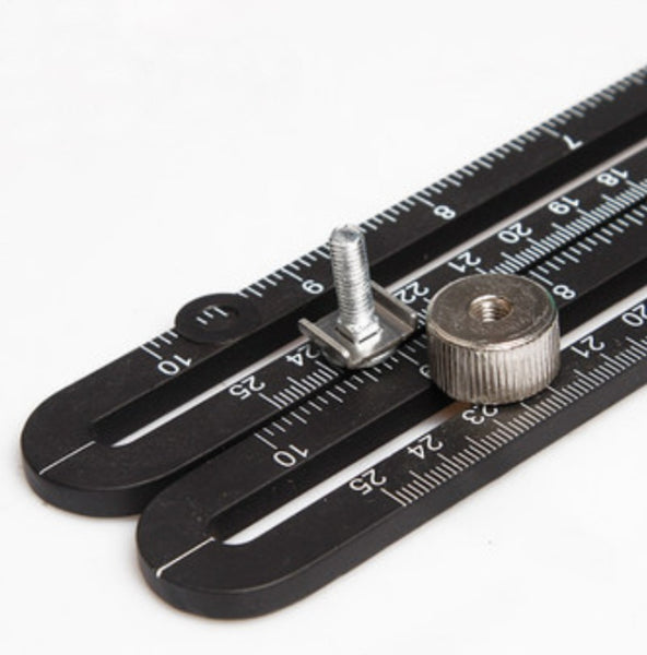 Multi-Angle Measuring Ruler with 6 Foldable Sides, For Handymen, Builders, Craftsmen, Carpenters, Roofers and More