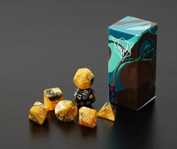 Creative Multi-Faceted 7 Pcs Dice Set, with A Storage Box or A Pouch