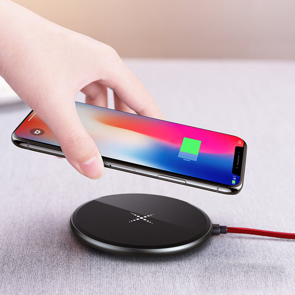 Faster-and-thinner-than-ever Wireless Charging Pad for iPhone