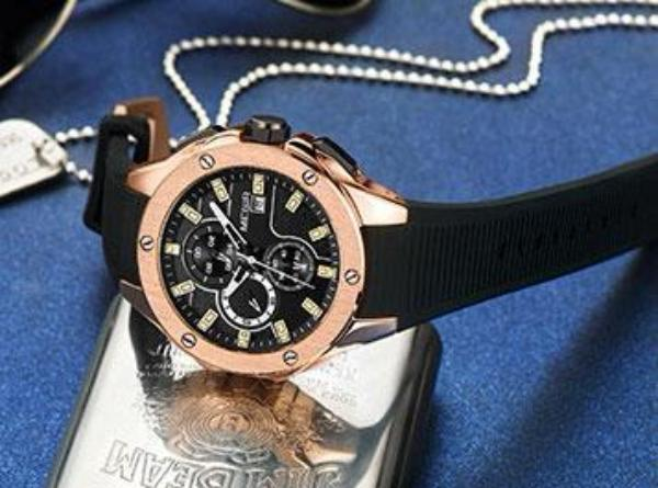 Add Some Timeless Luxury to Your Everyday Style with Chronograph Watch