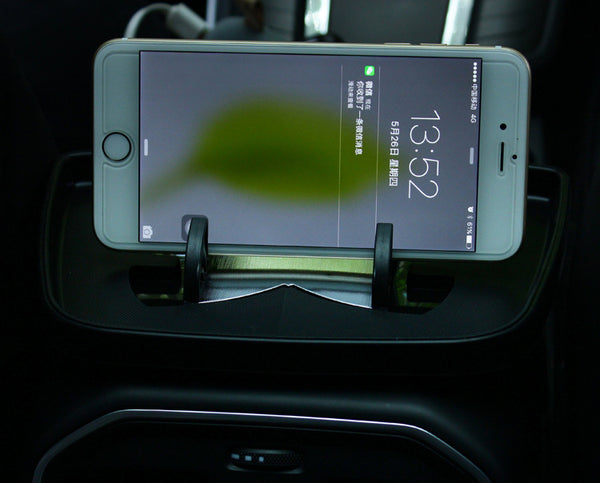 See Live Navigation on the Road with in-car HUD Phone Holder