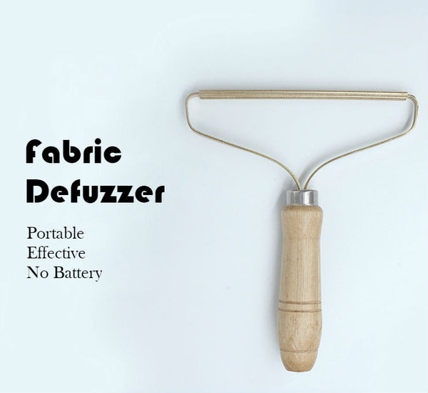 Portable Manual Defuzzer Wood Lint Remover with Pure Copper Head, Beech Handle, No Battery Required, for Everyday Use