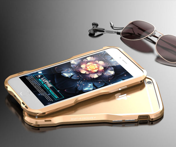 Simplest Ultra Protective Case with Natural Amplifier for iPhone