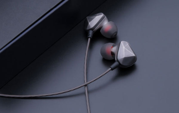 Upgrade the Way You Rock out with Durable & Comfortable Earphones