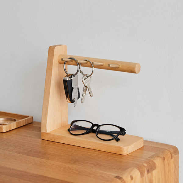 Solid Wood Key Organizer with 6 Key Hooks and Storage Platform, No Installation Required, Suitable for Storing Keys, Glasses, Wallets and More