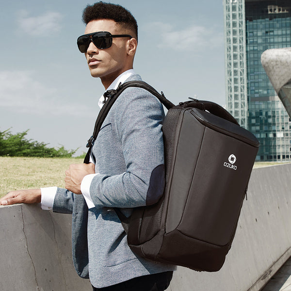 Your Largest All-in-one Business Backpack, Hold More Than You Think