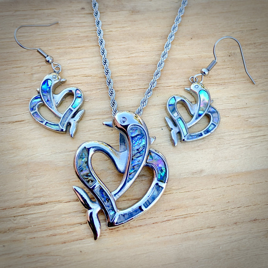 Abalone - Dolphin Heart Pendant & Chain SK2563 Biker Jewelry Skull Jewelry Sanity Jewelry Stainless Steel jewelry