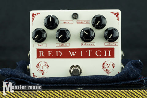 Red Witch Medusa Chorus Tremolo Pedal (New-Old Stock/Original Box)