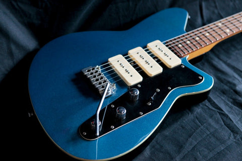 Reverend Jetstream 390 Metallic Blue 2007 Used Mahogany