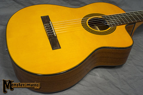 Takamine G Series GC3CE-NAT Acoustic-Electric Classical Cutaway Guitar Natural
