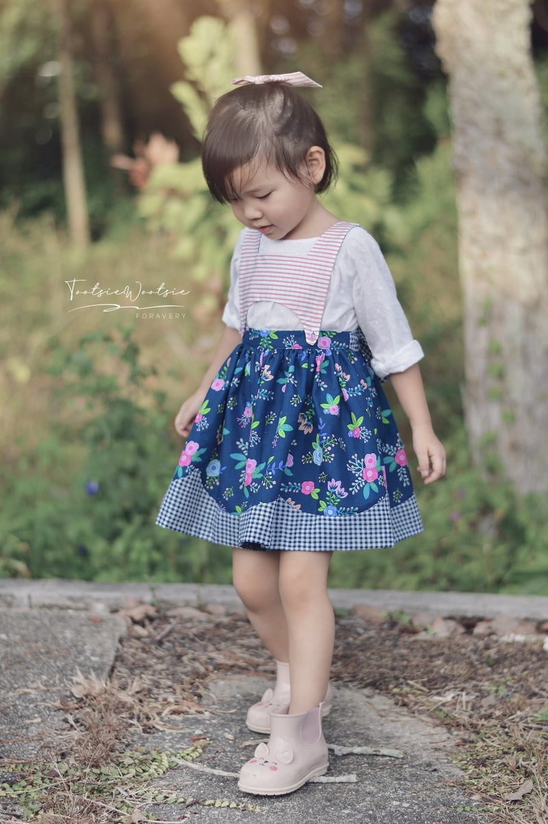 10 sizes: Bee's Knees Scalloped Pinafore and Petticoat