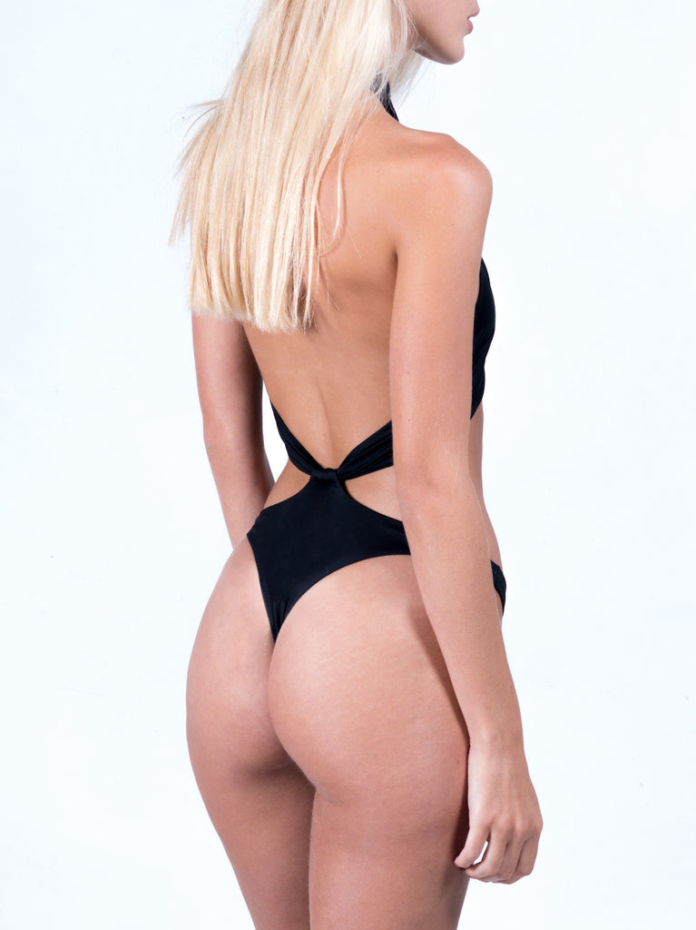 SHOWPONY BLACK ONE PIECE