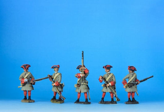 DN05 Danish Musketeers Loading and Priming - Warfare Miniatures USA
