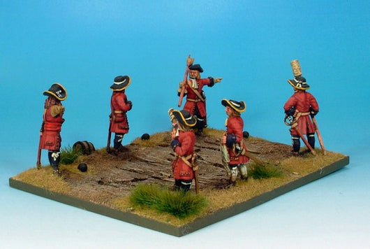 WLOA25 Artillery Crew - Warfare Miniatures USA