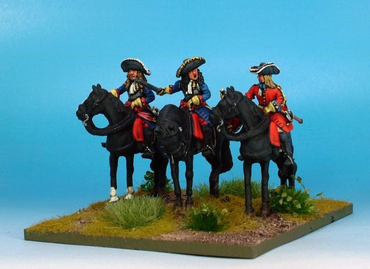 WLOA40a Cuirassiers Command in Hats on Standing Horses - Warfare Miniatures USA